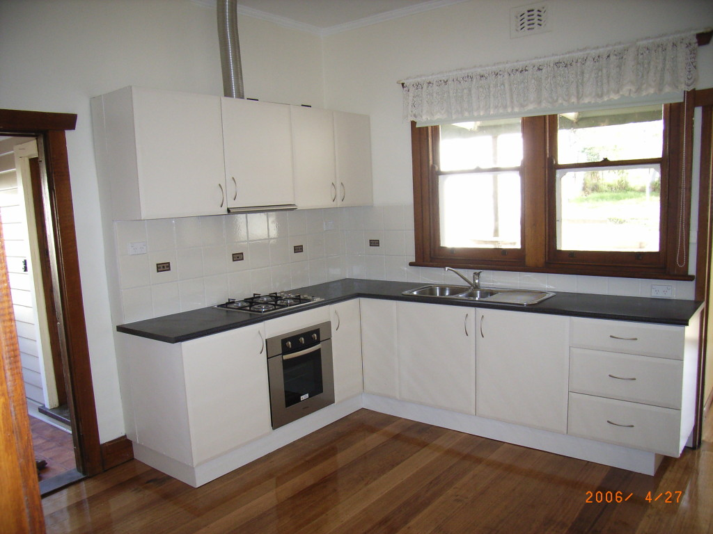 65 L kitchen after